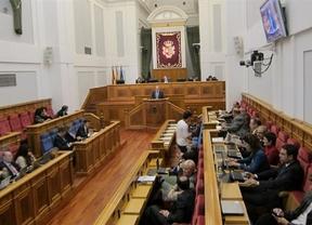 El convenio financiero Junta-UCLM, también presente en el Pleno de las Cortes
