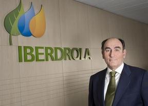 El presidente de Iberdrola dice que la luz 'debe y puede bajar'
