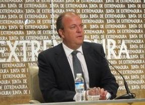 Monago no dimite y presenta justificantes de sus viajes como senador