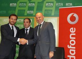ATA y Vodafone España sellan un acuerdo de colaboración comercial para los autónomos