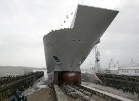 El buque 'Juan Carlos I' participa en maniobras en Cádiz en pleno aumento de la tensión por Gibraltar