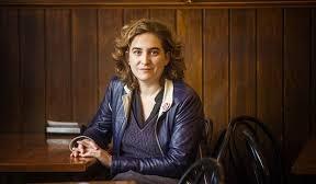 Ada Colau, con problemas en su entrevista para RTVE