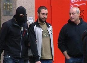 19 detenidos, entre ellos el líder de 'Def con dos', por hacer apología del terrorismo en Internet