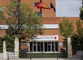 El fármaco experimental contra el virus del ébola llega al hospital Carlos III para tratar al sacerdote Pajares