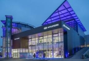 Hyundai inaugura su concesionario más grande de Europa