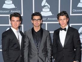 Jonas Brothers seguros al timón