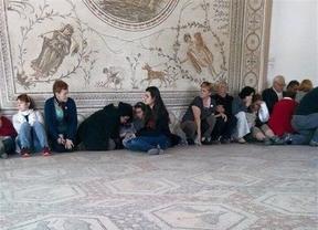 Llega a Barcelona el avión con las dos víctimas españolas del atentado de Túnez