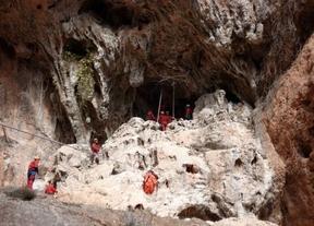 Un grupo de espeleosocorro de Albacete participa en el rescate de científicos españoles en Mauritaria