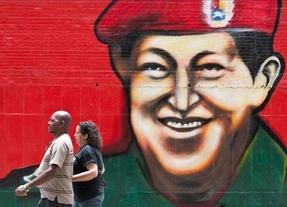 Compare las fotos de Chávez antes y después de la operación: ¿se ve igual?