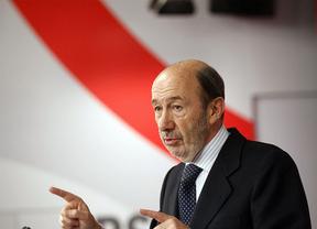 El PSOE pide a Wert que vuelva a la fórmula de la beca como