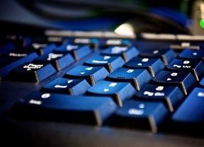 Un 40% de los españoles compra por Internet
