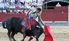 La izquierda de El Cid nos salva de otra tarde infame, y van...