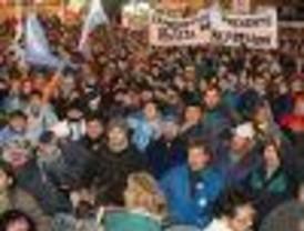 Miles de personas marcharon contra la violencia en Santa Cruz