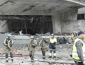 Alarma en Bombay tras la explosión de tres bombas
