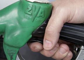 A una semana de las vacaciones, el precio de la gasolina marca máximos del año