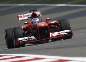 Alonso y Ferrari rozan la perfección en su victoria en Montmeló