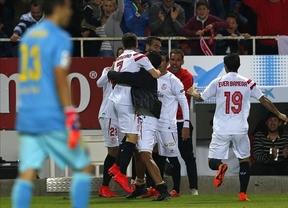 El Sevilla anima la lucha por el título tras empatarle a un Barça que ya ve la sombra amenazante del Madrid (2-2)