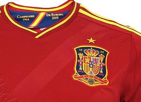 La Roja luce en su pecho un escudo... ¡francés!