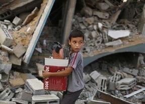 Evacuado un grupo de 33 españoles de la Franja de Gaza en cooperación con Mensajeros de la Paz
