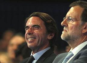 Aznar deja 'plantado' a Rajoy en plena crisis del PP: se excusa a última hora con una cita internacional