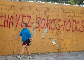 El Supremo venezolano da 'permiso' indefinido a Chávez para poder jurar su cargo