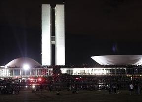 Brasil se inunda también por el movimiento del 15-M con protestas multitudinarias