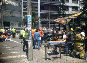 Varios muertos en una cadena de explosiones en Bogotá
