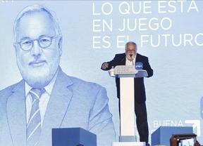 Cañete arranca la campaña poniendo paz en el PP: Aznar y Rajoy hacen que España