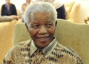 Mandela abandona el hospital casi tres meses después de su ingreso