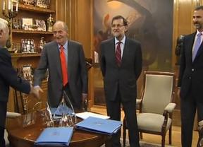 El Rey reaparece sin muletas para preparar su particular participación en la Cumbre de Panamá