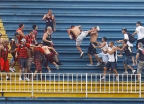 Los violentos marcan el fin de la Liga brasileña y despiertan dudas sobre la seguridad de cara al Mundial