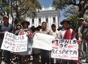 Evo Morales 'se lava las manos' y reparte la culpa de la violencia policial en la lucha por el TIPNIS