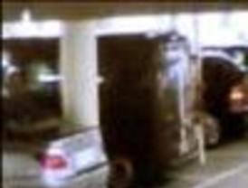 Se atribuye a ETA el atentado en aeropuerto de Barajas