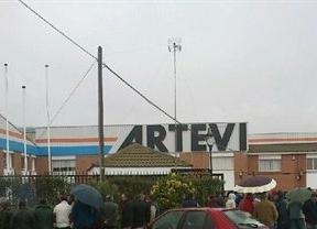 Los trabajadores de Artevi montan 'guardias' de 24 horas para que no se lleven los bienes de la empresa