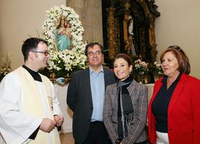 García de la Calzada, segunda por la derecha