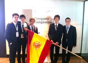 Cinco estudiantes de Barcelona ganan en Londres el segundo premio a la 'Joven empresa europea del año'