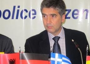 El director general de la Policía crea un Código Ético en el que insta a no obedecer órdenes ilegales  ni a depender de la política