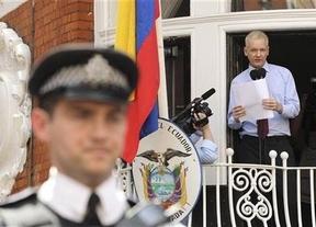 España no respetaría el 'asilo diplomático' de Julián Assange