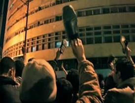 Mubarak anuncia que no dejará el poder; trasfiere mando a Suleimán