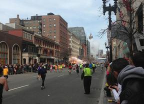 Pánico en Boston: al menos dos muertos y más de 20 heridos por dos explosiones durante un maratón