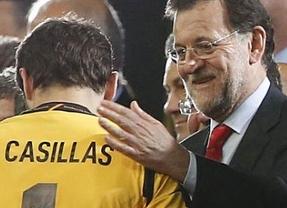 El Rajoy más futbolero se pone a tono con la final de Lisboa: