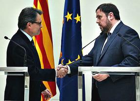 Esquerra esconde su decepción y no cree que Artur Mas haya retirado su plan soberanista