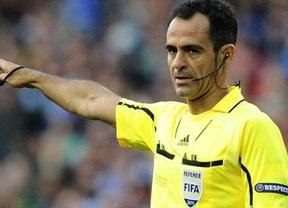 Eurocopa. Protagonismo español con el árbitro Velasco Carballo en el inaugural Polonia-Grecia