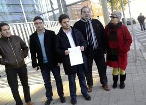 IU pide la comparecencia de Cospedal como testigo en un juicio por una protesta en Ciudad Real