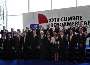 La Cumbre Iberoamericana termina con un compromiso de renovaci�n