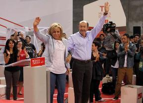 El PSOE cierra su campaña 'europea' intercambiando rivales: Valenciano carga contra Rajoy y Rubalcaba contra Cañete