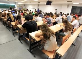 Castilla-La Mancha retoma la figura del 'becario sin remuneración', ahora para docentes de Secundaria