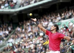 Roland Garros. Nadal, con ventaja 2-1, y Djokovic lo dejan para el lunes por la lluvia.