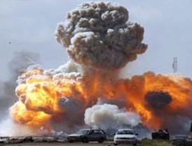 Misil destruye residencial de Gadafi en Trípoli