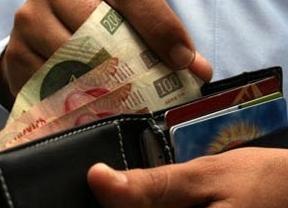 Los salarios han caído casi seis puntos durante la crisis, según Comisiones Obreras